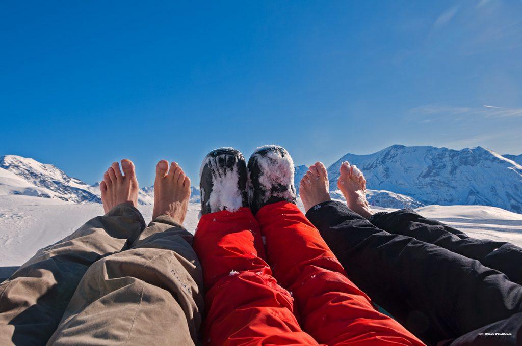 Nos pieds qui chauffe au soleil sur les sommets d'Orcière Merlette